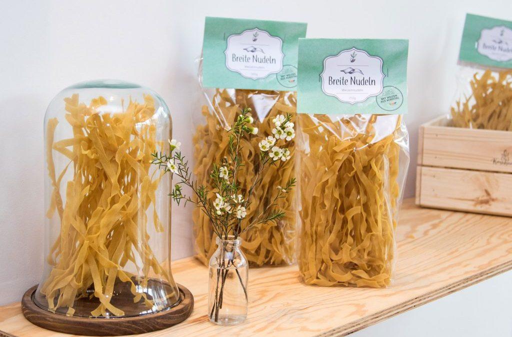 Breite Bandnudeln aus Korntaler Weizen